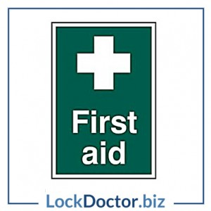 KMAS4698 First Aid 200mm x 300mm PVC Self Adhesive Sign
